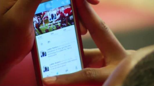 Social Media and College Football resized 600