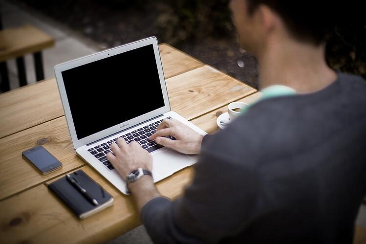 business blogging-336376_1280.jpg