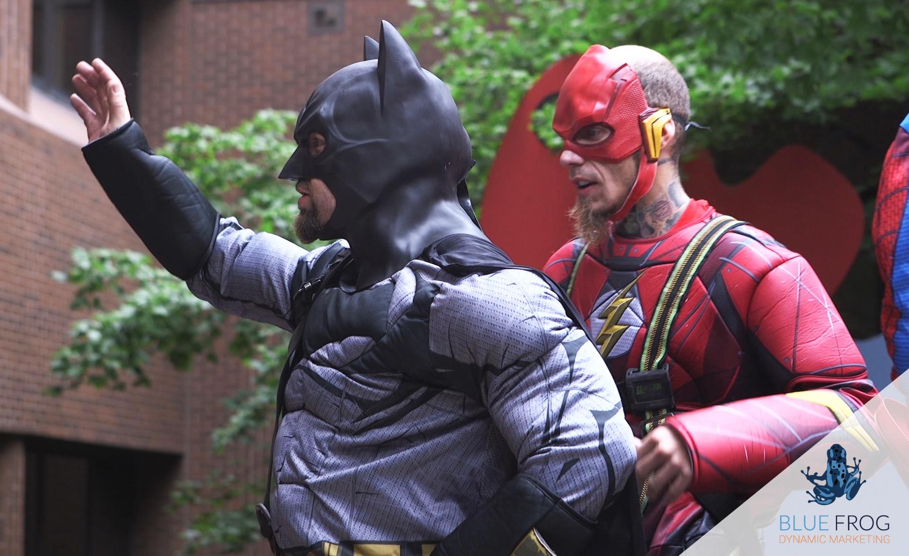 batman-waving-on-lower-level