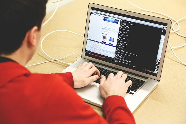programming-593312_960_720.jpg