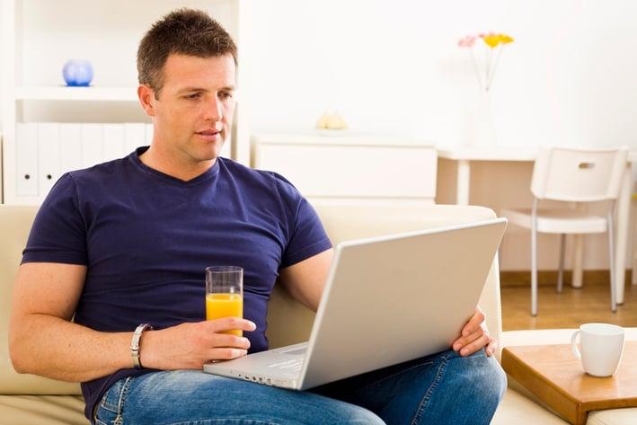 reading_online-1.jpg