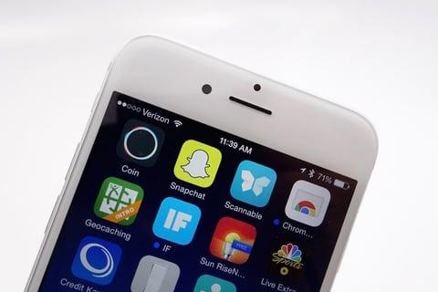 New-Snapchat-Update-Audio-Video-Calls-Stickers.jpg